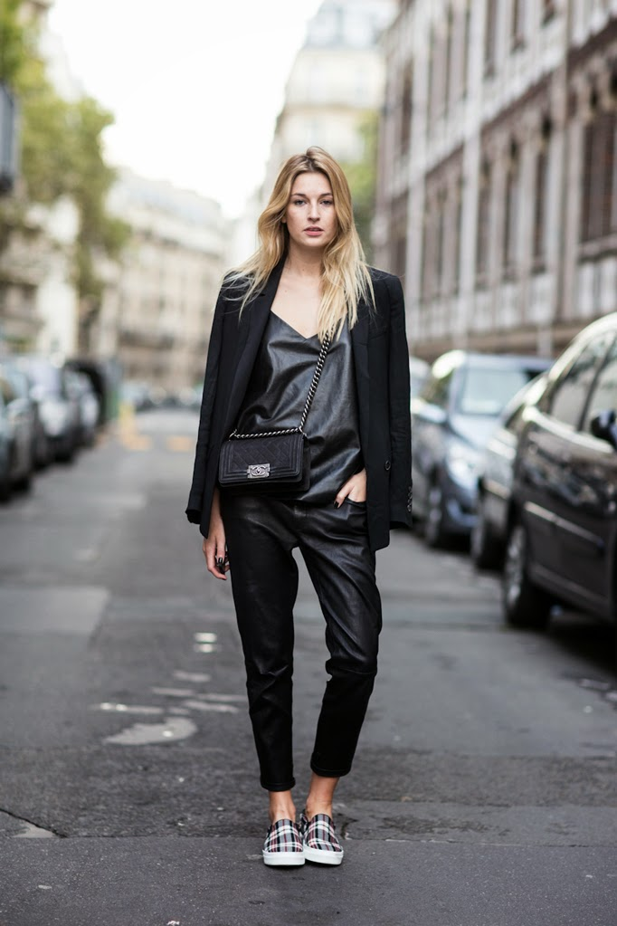 PFW day 2 by Sandra Semburg - outside Chloe